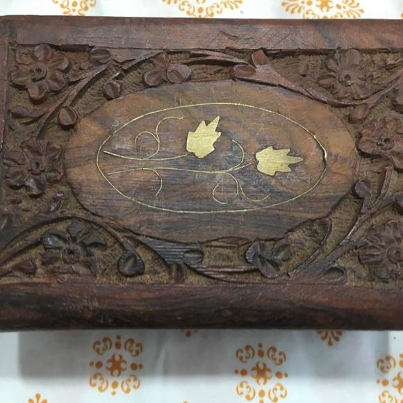 HANDMADE VINTAGE WOOD TRINKET JEWELRY BOX